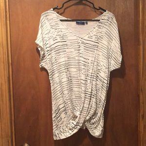 Women's Twist Front Short Sleeve Shirt